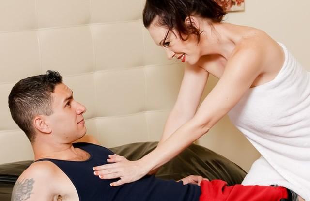 Мать сделала сыну нестандартный массаж, который кончился инцестом